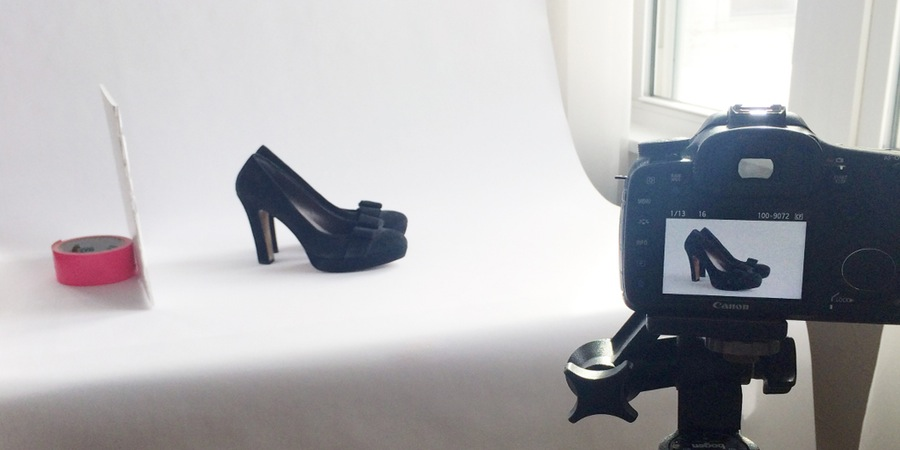 diy-product-photography-shoe-natural-window-light